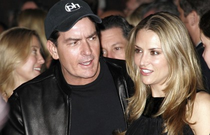 charlie-sheen-brooke-expecting